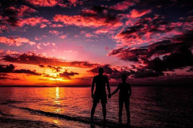 nevšední západ slunce u moře