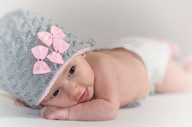 spokojený novorozenec