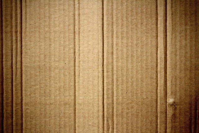 obálky z kartonu
